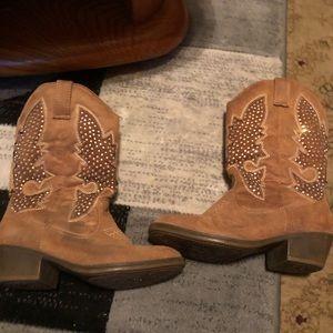 Little girls cow girl boots